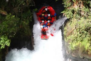 Under 14s White Water Rafting in NZ on their 2015 tour